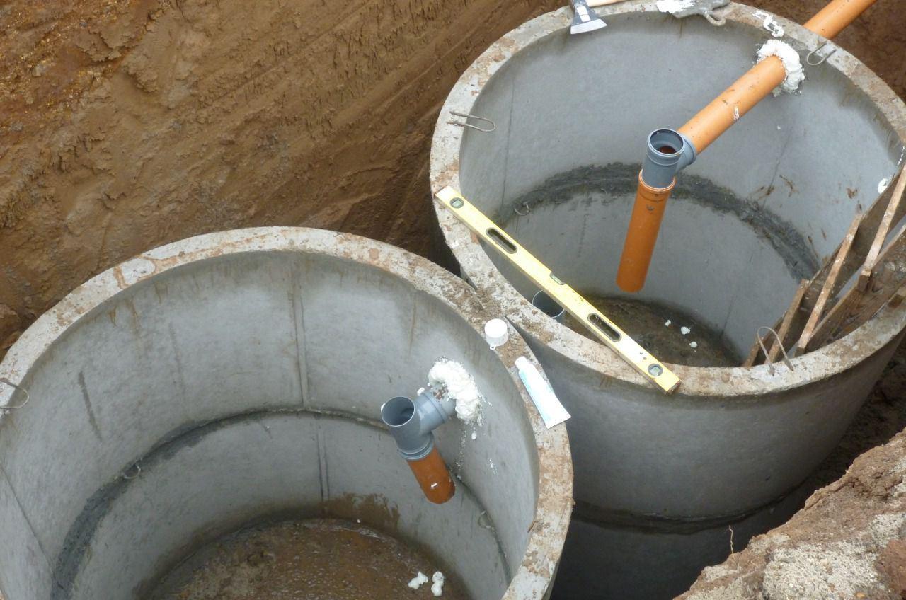 Переливной септик из бетонных колец своими руками