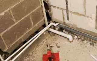 Установка и разводка труб пвх в ванной