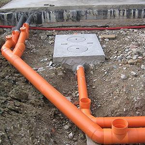Монтаж канализационных труб пвх под землей